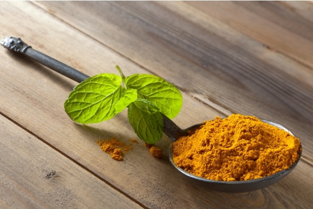 Mint-and-Turmeric-Face-Pack